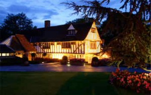 Top-wedding-best-venue-Essex-Le-Talbooth