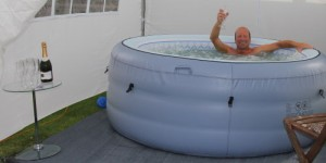 jacuzzi-hot-tub-rental