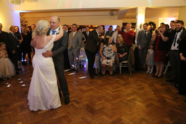 Cromwell Manor Wedding DJ